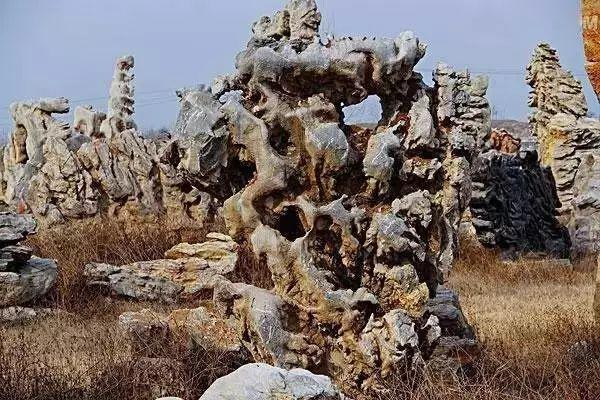 水泥塑石假山